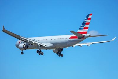 American Airlines Airbus A330-323 N272AY 7-2-17