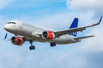 SAS Scandinavian Airlines Ireland Airbus A320-251N EI-SIG 9-9-18