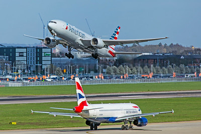 American Airlines Boeing 777-223(ER) N786AN 3-25-19
