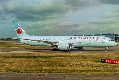 Air Canada Boeing 787-9 Dreamliner C-FGDX 9-10-18