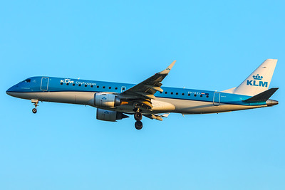 KLM Cityhopper Embraer ERJ-190-100 PH-EZL 5-7-18