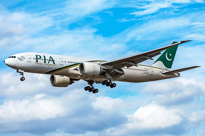 Pakistan International Airlines Boeing 777-240(LR) AP-BGY 9-9-18