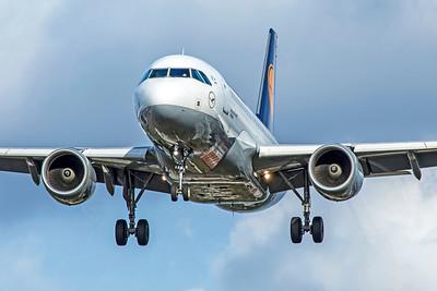 Lufthansa Airbus A319-112 D-AIBF 9-9-18