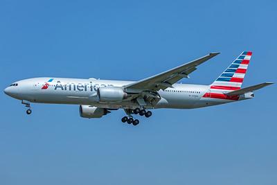 American Airlines Boeing 777-223(ER) N798AN 5-8-18
