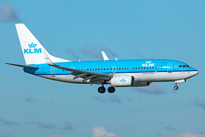 KLM Royal Dutch Airlines Boeing 737-7K2 PH-BGO 10-29-18