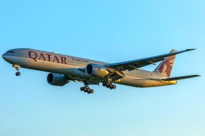 Qatar Airways Boeing 777-3DZ(ER) A7-BEK 5-7-18