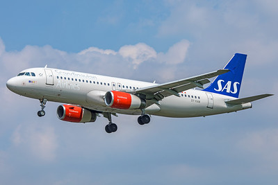 SAS Scandinavian Airlines Airbus A320-232 OY-KAW 5-8-18