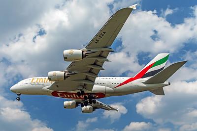 Emirates Airbus A380-861 A6-EEA 5-8-18