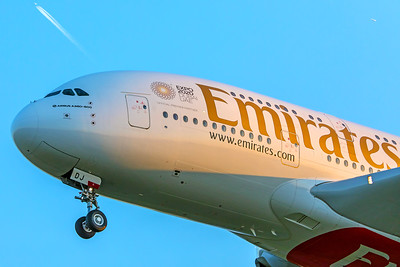 Emirates Airbus A380-861 A6-EDH 5-7-18 2