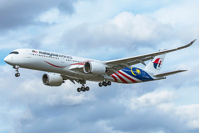 Malaysia Airlines Airbus A350-941 9M-MAG 9-9-18