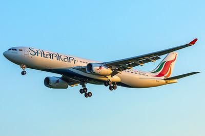 SriLankan Airlines Airbus A330-343 4R-ALQ 5-7-18