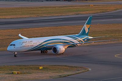 Oman Air Boeing 787-9 Dreamliner A40-SH 9-1-19