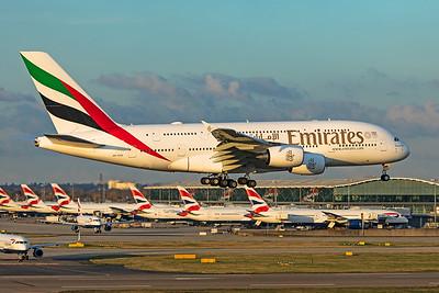 Emirates Airbus A380-861 A6-EUH 11-10-19