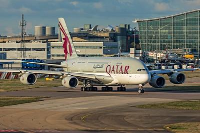 Qatar Airways Airbus A380-861 A7-APE 11-10-19