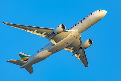 Ethiopian Airlines Airbus A350-941 ET-AVD 8-25-19