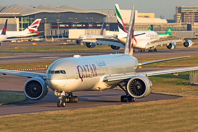 Qatar Airways Boeing 777-3DZ(ER) A7-BED 11-10-19