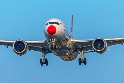 Hainan Airlines Boeing 787-8 Dreamliner B-2738 3-29-19