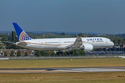 United Airlines Boeing 787-9 Dreamliner N29971 9-8-21