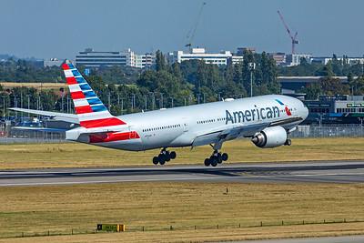 American Airlines Boeing 777-223(ER) N754AN 9-8-21