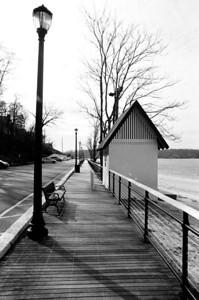 Sea Cliff, NY Lens: Nikkor 24-120mm f/3.5/5.6D Film: Kodak TRI-X iso400