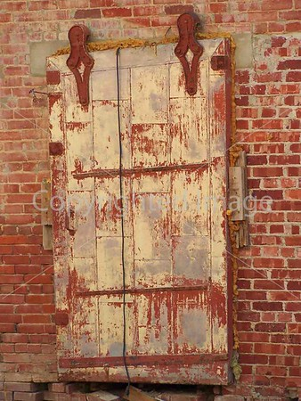 RED DOOR IN THURBER