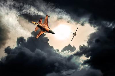Battle of the Sun | F16 Demo Team Volkel Dogfight Afterburner