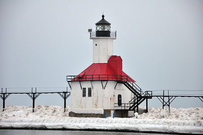 CLOSE UP OF THE ST JOSEPH LIGHTHOUSE IN THE WINTER