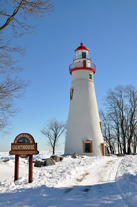 MARBLEHEAD LIGHTHOUSE AND SIGN