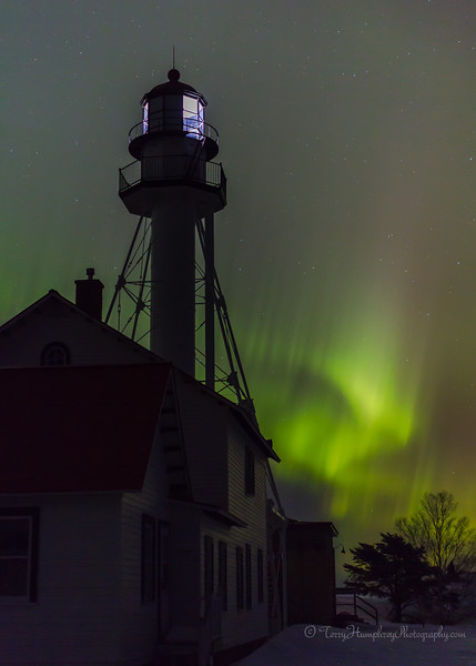 IMAGE: http://www.terryhumphreyphotography.com/LIGHTHOUSES/Great-Lakes-Lighthouses/i-43Qk4px/3/L/IMG_0160-L.jpg