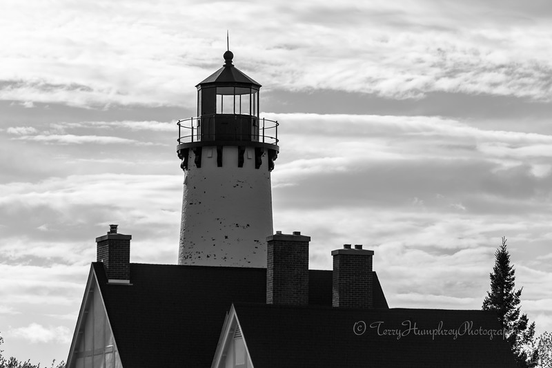 Black and White Point Iroquois Light