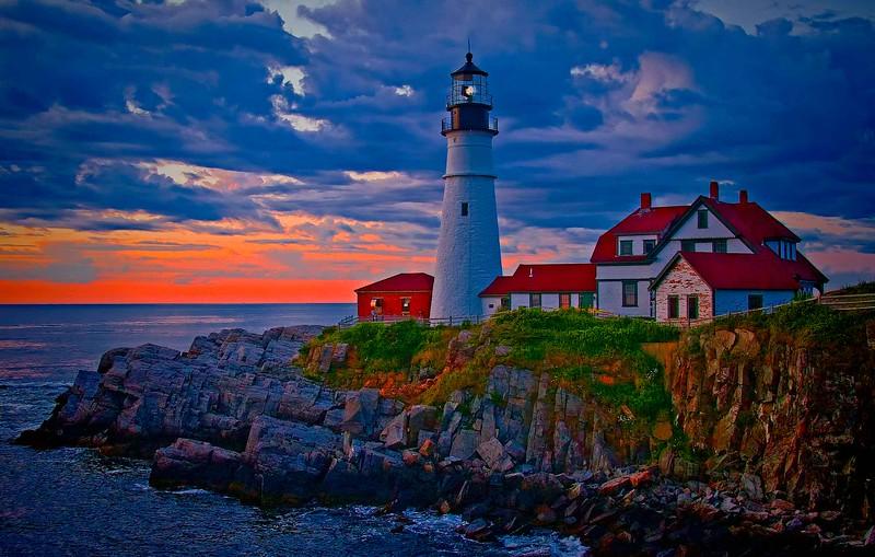 Portland Head Light,Maine side view