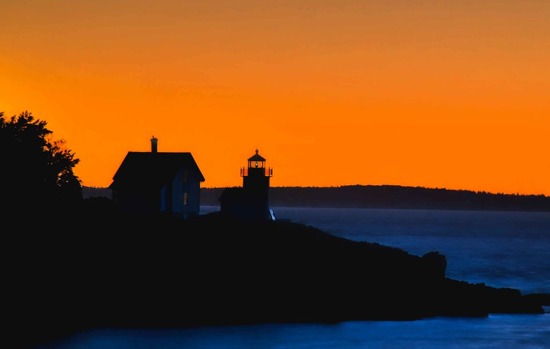 Camden, maine lighthouse sunrise