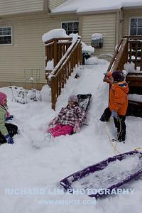 snow-play-0022