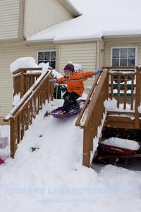 snow-play-0037