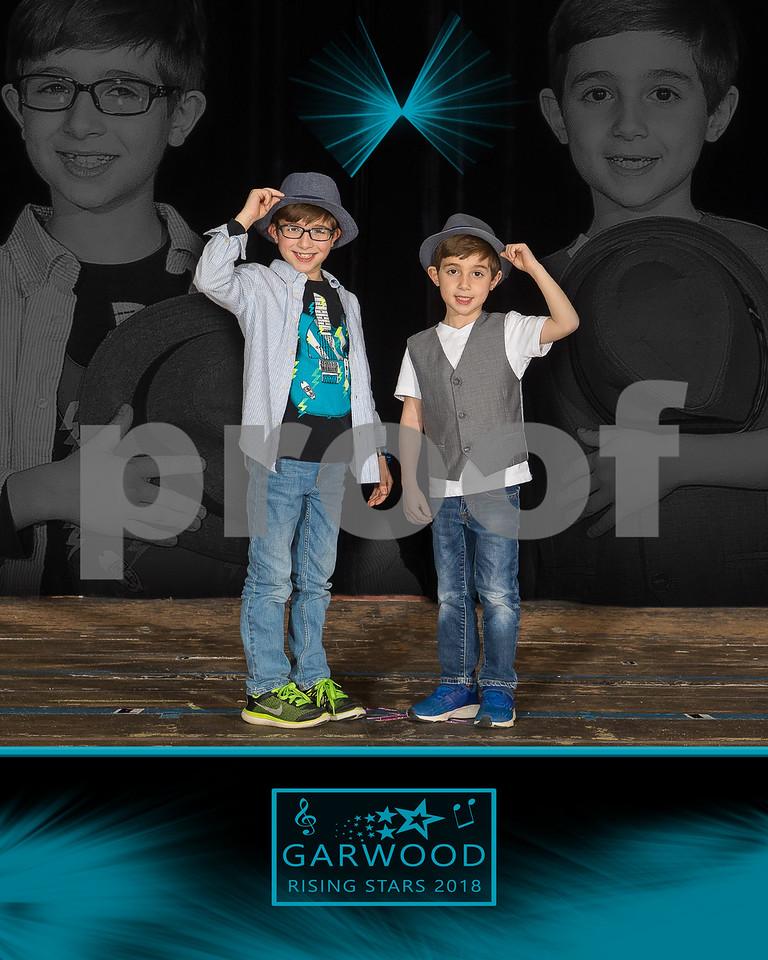 8x10 BOYS W HATS GH4_9052