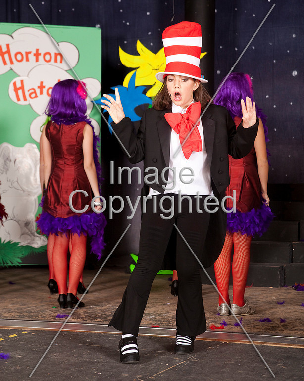 009 - SEUSSICAL