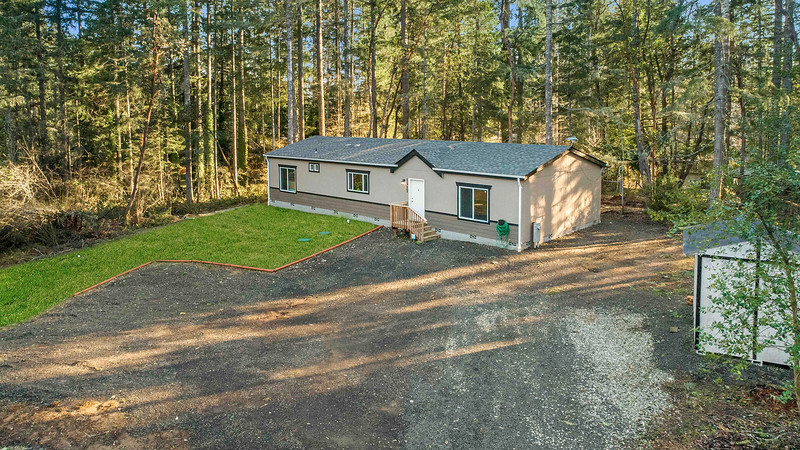 1517 195th Ave SW, Lakebay, WA