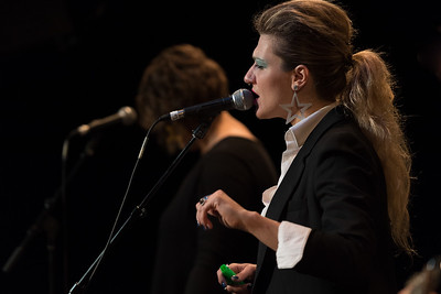 SHEENA SINGS BOWIE