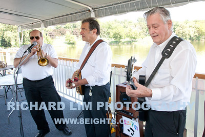 2011-riverboat-009