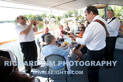2011-riverboat-040