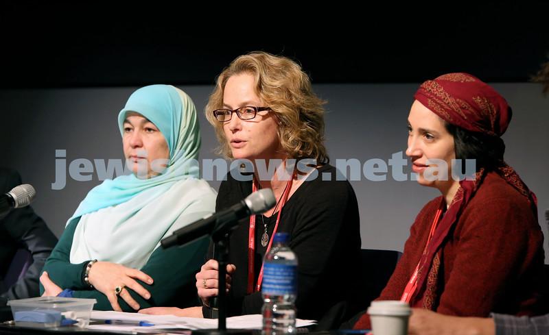 "Limmud Oz. Panel discussion on ""Look how they treat their women."" Maha Abdo, Jacquie Seemann, Judy Levitan."
