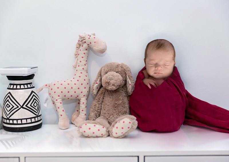 1 Cali Newborn session (34)