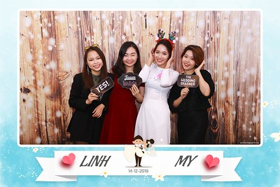 Linh-My-wedding-instant-print-photo-booth-in-Ha-Noi-Chup-anh-in-hnh-lay-ngay-Tiec-cuoi-tai-Ha-noi-WefieBox-photobooth-hanoi-63