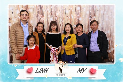 Linh-My-wedding-instant-print-photo-booth-in-Ha-Noi-Chup-anh-in-hnh-lay-ngay-Tiec-cuoi-tai-Ha-noi-WefieBox-photobooth-hanoi-53