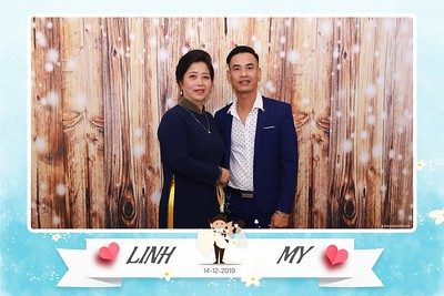 Linh-My-wedding-instant-print-photo-booth-in-Ha-Noi-Chup-anh-in-hnh-lay-ngay-Tiec-cuoi-tai-Ha-noi-WefieBox-photobooth-hanoi-95