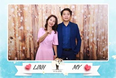 Linh-My-wedding-instant-print-photo-booth-in-Ha-Noi-Chup-anh-in-hnh-lay-ngay-Tiec-cuoi-tai-Ha-noi-WefieBox-photobooth-hanoi-54