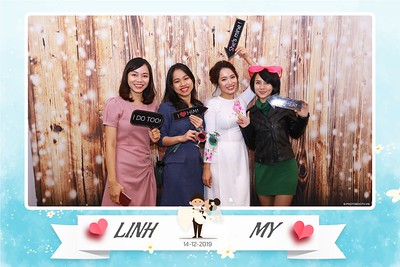 Linh-My-wedding-instant-print-photo-booth-in-Ha-Noi-Chup-anh-in-hnh-lay-ngay-Tiec-cuoi-tai-Ha-noi-WefieBox-photobooth-hanoi-66