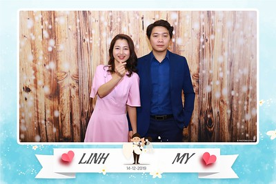 Linh-My-wedding-instant-print-photo-booth-in-Ha-Noi-Chup-anh-in-hnh-lay-ngay-Tiec-cuoi-tai-Ha-noi-WefieBox-photobooth-hanoi-55