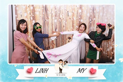 Linh-My-wedding-instant-print-photo-booth-in-Ha-Noi-Chup-anh-in-hnh-lay-ngay-Tiec-cuoi-tai-Ha-noi-WefieBox-photobooth-hanoi-68