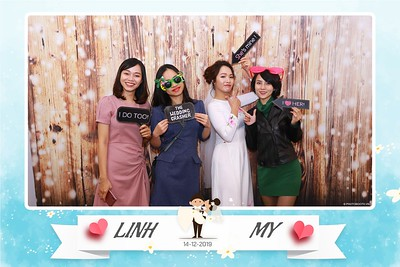 Linh-My-wedding-instant-print-photo-booth-in-Ha-Noi-Chup-anh-in-hnh-lay-ngay-Tiec-cuoi-tai-Ha-noi-WefieBox-photobooth-hanoi-67